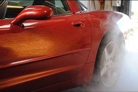 Skinnende ren bil - I Lystrup eller hjemme hos dig selv! - Trænger bilen til en kærlig hånd - Lad EcoSteam klare opgaven. Standard bilvask i hånden eller Guldvask+ med rengøring ind- og udvendig, værdi op til kr. 1600,-