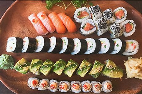 Din sushi skal da bestilles hos Akiba Sushi på Frederiksberg! - Takeaway - 38 stk. sushi eller 56 stk. sushi, værdi op til kr. 582,-