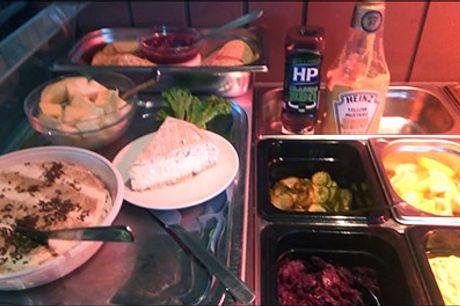 Lækker dansk frokostbuffet for 2. - Den populære frokostbuffet for 2 på Svane Pub er tilbage men skynd dig, dealen kan nemlig kun købes i en begrænset periode. Værdi kr. 176,-