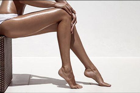 Få en flot kulør inden de bare ben skal luftes! - Fuldkrops spraytan behandling hos Clinique Guldlok, værdi kr. 225,-