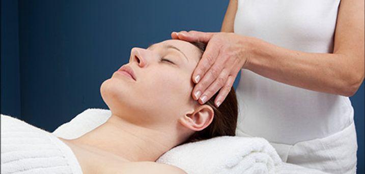 Velkommen hos Clean Mind RTT ♥ - 60 minutters Hypnohealing-massage inkl. forsamtale, værdi kr. 1000,-