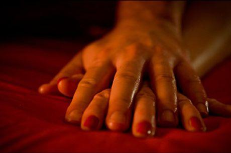 Lær hvordan I får mere nærvær og intimitet - Få mere fokus på forholdet med 1 x 2 timers Tantra session for par hos Johannes og hans kvindelige kollega Nat Nagini, værdi kr. 3000,-