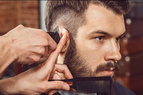 Lækkert tilbud til alle mænd! - Herreklip, barbering, hårkur, vask og føn hos Salon Laris, værdi kr. 400,-