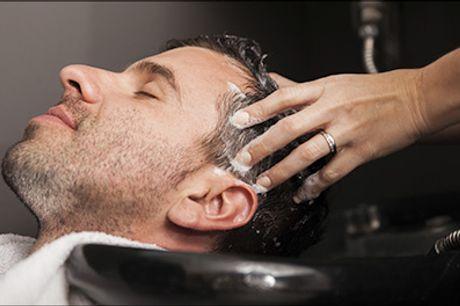 Velkommen hos Ronnies Hair Studio i Kbh K - Herreklip med vask og føn samt retning af bryn, værdi kr. 380