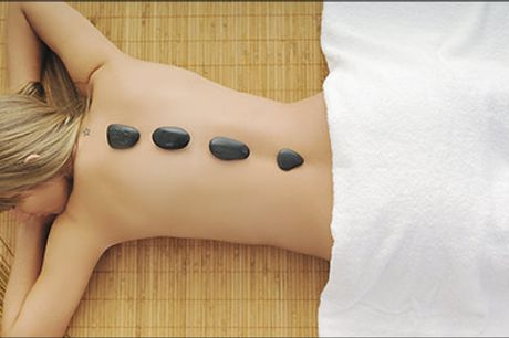Massagen har vidunderlig virkning på kroppen - både fysisk og psykisk! - 60 min. hotstone massage hos Århus Fiskespa, værdi kr. 800,-
