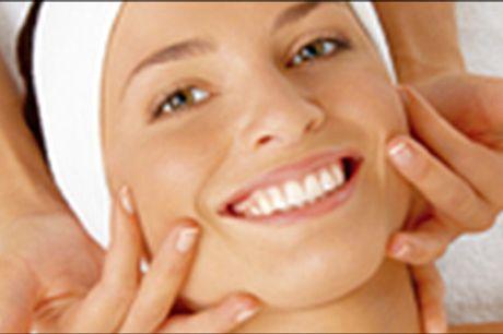 Forkæl dig selv med en lækker ansigtsbehandling! - Face Lifting Caviar m/in2 OXY Pen hos Clinique de Prairie, værdi kr. 849,-