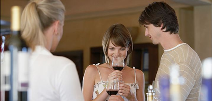 Vinsmagning i virksomheden eller i eget hjem? - Vinsmagning for max. 8 pers. fra Vinhuset Top Wine, værdi kr. 1600,-
