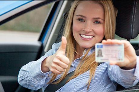 Få dine to første køretimer med rabat. - Få to køretimer hos Grøn Køreskole i Odense. Værdi 750 kr.