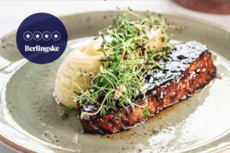 Kun i dag! Strandmøllekroen: Udsøgt spiseoplevelse med fabelagtig udsigt over Øresund. 4 stjerner i Berlingske.