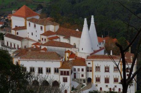 Descubra e registe os encantos de Sintra Medieval e dos Escritores. Passeio pedestre a dois + fotos 360º + prova vinho da região por apenas 19.90€