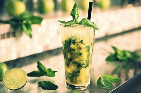 Surpreenda os seus amigos com a arte dos cocktails, neste Workshop de Cocktails com Degustação, por apenas 29,90€
