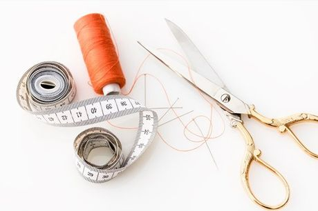 Gostava de aprender a costurar? Se sim, esta experiência vai ajudar. Poderá criar uma bolsa ou estojo, ao longo de 2h30: aprenderá o básico sobre costura e o que precisa de saber para ter a sua própria peça. Participe neste workshop por apenas 11€.