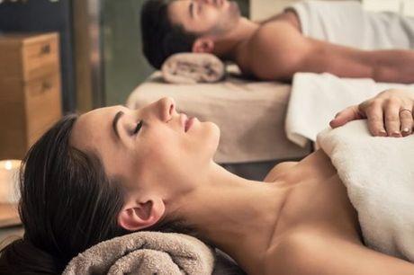 Massagem a dois: com a mãe, uma amiga ou com o seu amor, usufrua de Massagem Relaxamento, 1 ou 2 sessões, desde 19€ em Carnide.