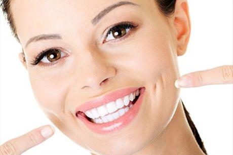 Um sorriso saudável e brilhante: Check Up, Limpeza, Polimento e Jato de Bicarbonato, por apenas 19€