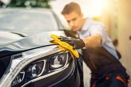 Deixe o interior do seu carro a brilhar. Limpeza interior, lavagem estofos e higienização do ar condicionado, por apenas 47€
