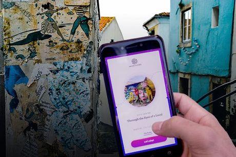 """Para este jogo só precisa de um telemóvel e uma equipa divertida! Aceite este desafio e resolva 16 enigmas enquanto vê Lisboa de uma forma que nunca viu antes. Jogo """"Bairros Históricos de Lisboa"""" por apenas 26,90€."""