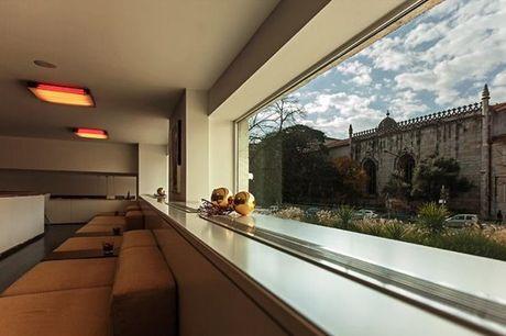 Ao lado do Mosteiro dos Jerónimos, com a brisa ribeirinha do rio Tejo a colorir o cenário, este espaço caracteriza-se pela sua arquitectura moderna e arrojada. Um urban resort a experimentar. Noite a dois por apenas 130€.