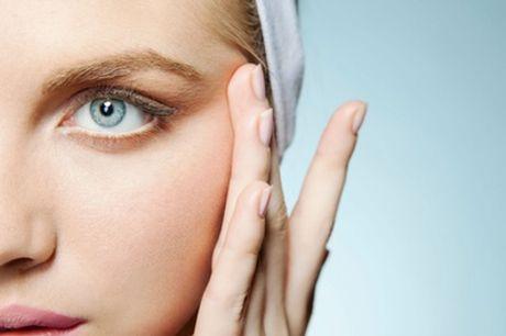 Limpieza y masaje facial con opción a depilación de labio y cejas y masaje cervical desde 16,90 € en Blum