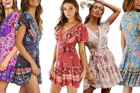 1 o 2 vestidos cortos con estampado de flores Sunshine