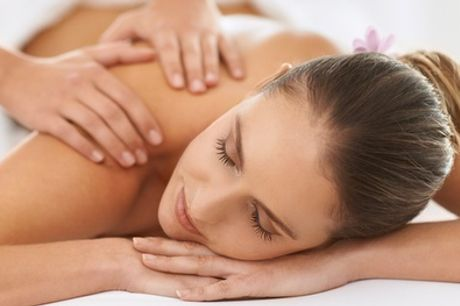 Uno o 3 massaggi da 30 o 60 minuti a scelta al centro Estetica Cit Turin (sconto fino a 63%)