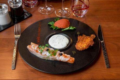 Repas gastronomique avec 2 menus Découverte en 6 services, par le chef Franck ANGELAUD, au restaurant Le Cohé