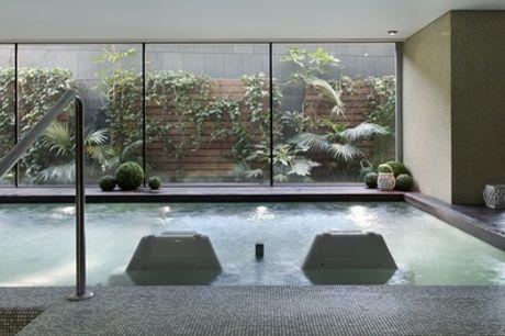 Circuito spa de 90 minutos para 2 personas con opción a masaje desde 16,95 € en Spazio Wellness Center