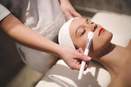 45 Min. Microneedling oder BB Glow Behandlungbei MEK beauty lounge (bis zu 53% sparen*)