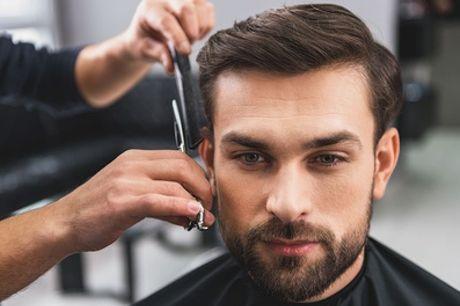 Taglio per uomo con rifinitura della barba al salone Il Sogno Beauty (sconto fino a 50%)