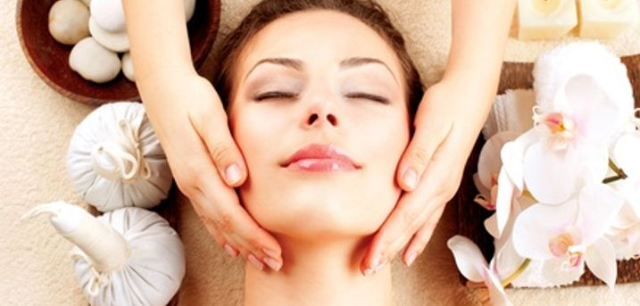 Candlelit Facial at Celebeauty
