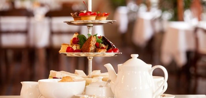 Premium High Tea With Champagne For Two at Finest Blend