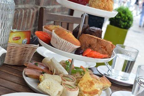 High tea bij Eethuis Smaak naar keuze met prosecco voor 2 of 4 personen
