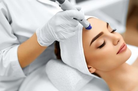 One or Three Sessions of Microdermabrasion Facial at La 7 Beauty