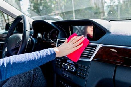 Pkw-Innen- und/oder Außenreinigung, optional mit Lackpflege bei Glanz Car Wasch (bis zu 77% sparen*)