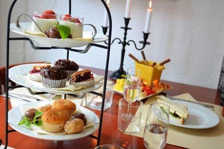 High tea met prosecco met/zonder chocoladefondue voor 2 of 4 personen bij Eetcafé de Kleine Weimar