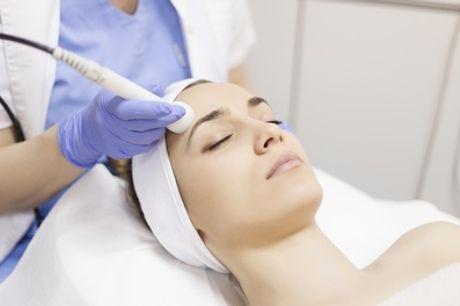 Gezichtsliftmet HIFU ultrasound therapie bij Qbeauty in Almere