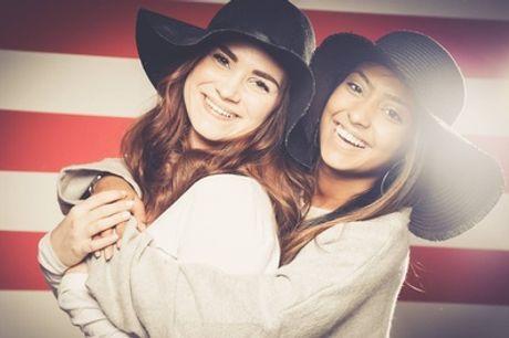 Familie- of vrienden-fotoshoot incl. 1 óf 3 afdrukken + waardebon bij PicturePeople Fotostudios