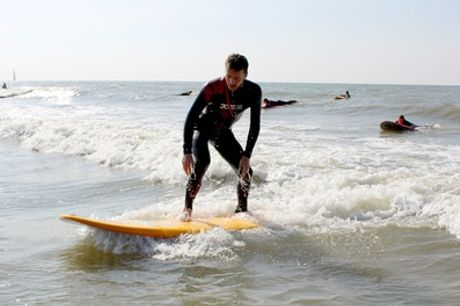 Zandvoort aan Zee: 3 uur een surfboard huren bij Pepsports