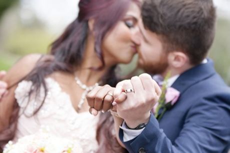Four- or Eight-Hour Wedding Photography Package at Mondo Olfi