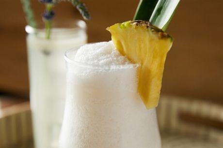 2 o 4 cócteles o 2 o 4 copas o bebidas sin alcohol con 1 o 2 aperitivos desde 8,95 € en Cric & Croc Taquería