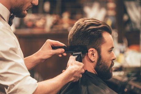 2 o 4 sesiones de peluquería masculina con lavado, corte, masaje craneal y secado desde 9,90 € en Trenzzo