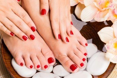 Maniküre und Pediküre inkl. Klarlack, Hand- und Fuß-Massage bei TraMy Beauty (bis zu 55% sparen*)