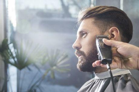 Pacchetto con taglio e piega per uomo al salone Point do Mega Hair, Trastevere (sconto fino a 67%)
