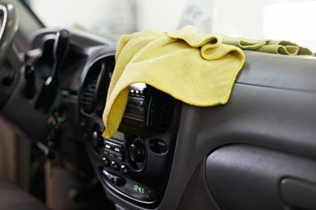 Pkw-Aufbereitung innen und außen Standard, Premium oder Luxus bei Car Wash Chaussee (bis zu 55% sparen*)