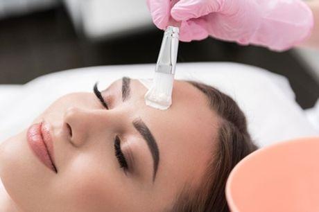 Wellness-Gesichtsbehandlung optional mit Mani- und Pediküre bei Rosé Beauty Salon (bis zu 37% sparen*)