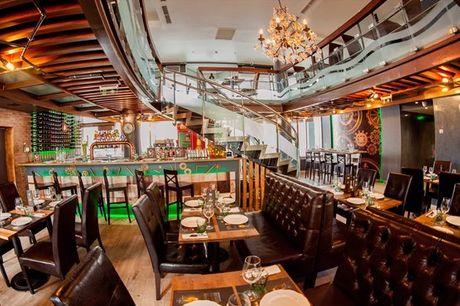 Inspirado nas melhores steakhouses do mundo, no The Club Steakhouse prove os mais famosos e tradicionais cortes de carnes. Menu para 2 pessoas por apenas 24,90€.