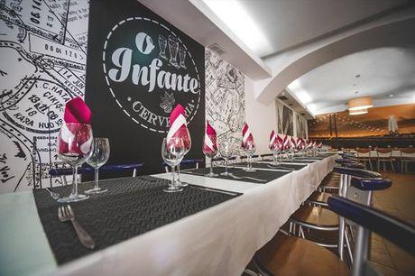 Das saladas e pastas aos bifes e peixes: opções de escolha não faltarão no restaurante O Infante. Refeição a dois por apenas 24,90€.