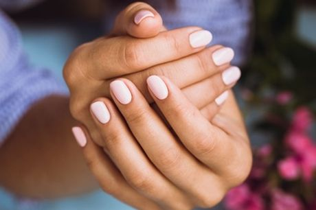 Shellac Nails on Hands, Feet or Both at Lip Couture