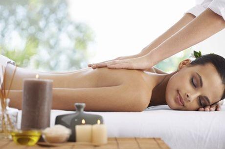Rücken-Massage mit Aromaöl und Rücken-Peeling bei Kim Golden Medical Spa (54% sparen*)