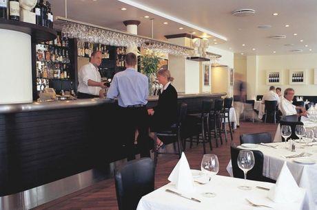 Stedentrip Kopenhagen. Op 200 meter van Tivoli Tuinen. Klassiek hotel met een Italiaans restaurant. Kies voor logies of logies en ontbijt