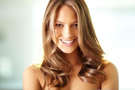 Uitgebreide haarbehandeling, naar keuze met dip & dye bij Haar 33